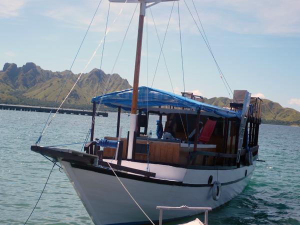 how to go to komodo island from bali